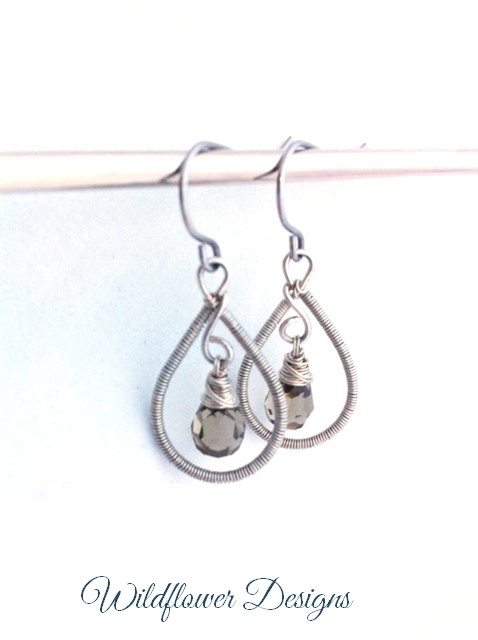 earrings grey crystal wire