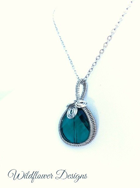 necklace crystal teal wire