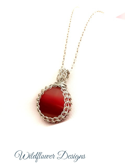 necklace red agate knitted bezel