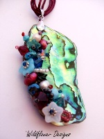 Embellished Paua Pendant Rich Pink and Aqua