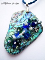 Embelllished Paua Pendant - Blue Green