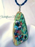 Embelllished Paua Pendant - Aqua/Peach