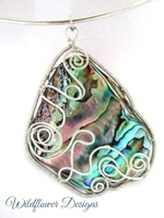 Wired Paua in Silver on neckwire