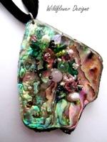 Embelllished Paua Pendant - Green Pink